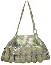 Metallic Leaf Handbag in Gold