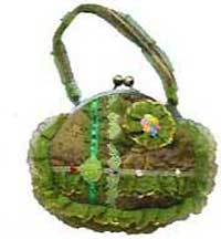 Round Victorian Style Purse in Green
